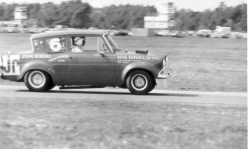 Name:  Ford Anglia (Aurthur Jelly).jpg