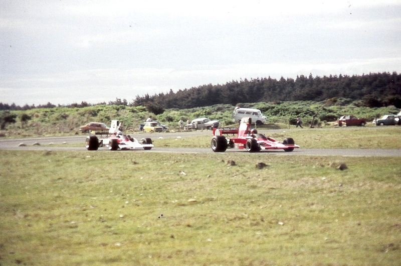Name:  Lola T332 HU28 (Lawrence)  & Lola T330 HU8 (K Smith).jpg