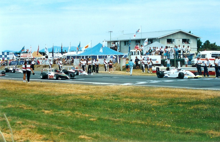 Name:  Peter Jackson Formula Atlantic 1992 - grid b.jpg