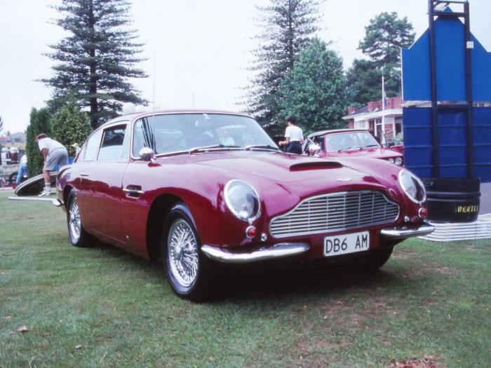 Name:  191_0210_211 Aston Martin.JPG Views: 385 Size:  108.5 KB