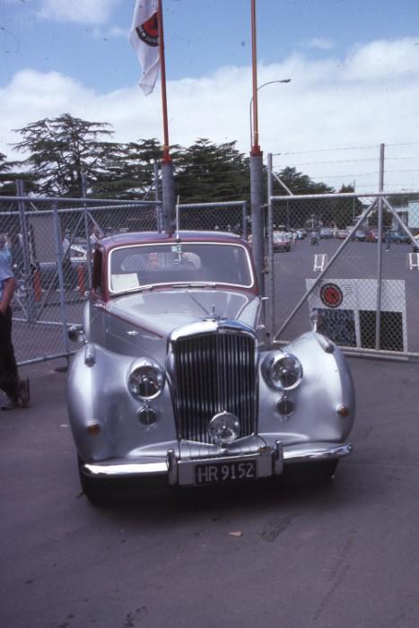 Name:  190_1104_730 Bentley.jpg Views: 316 Size:  83.3 KB