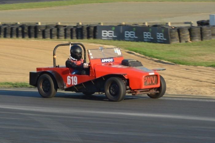 Name:  219_0324_058 Triumph Lotus Spl.JPG Views: 164 Size:  110.5 KB