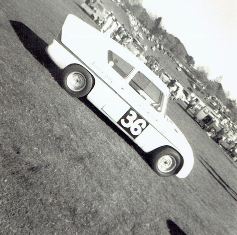 Name:  Pukekohe May 1966 #18 Lotus Anglia v1,  v2, CCI13102015_0001 (2) (800x795).jpg Views: 1706 Size:  173.5 KB