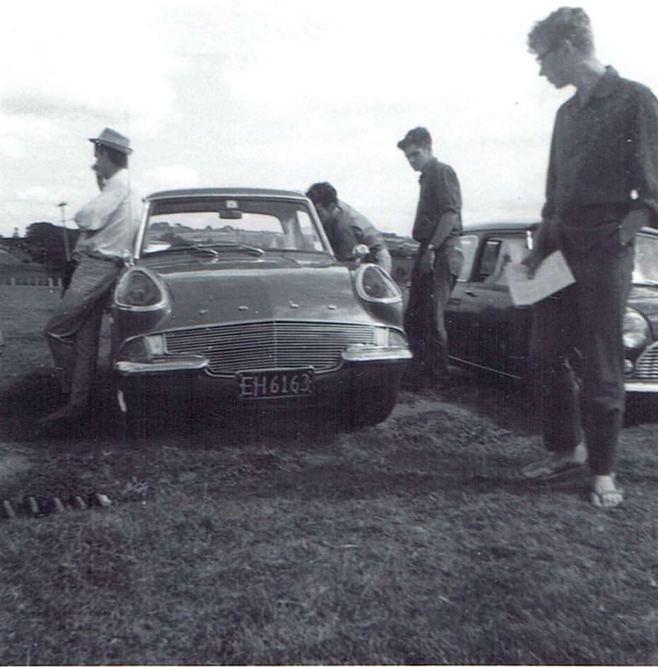 Name:  Ford Anglia -custom at Pukekohe v2, CCI14102015_0004 (2).jpg Views: 1667 Size:  179.9 KB