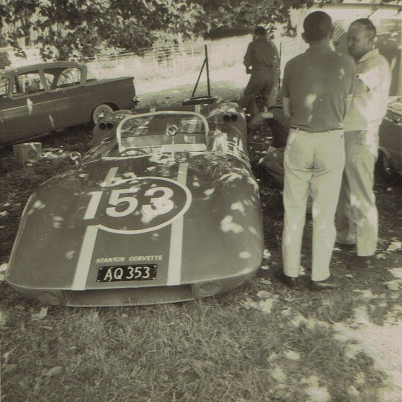 Name:  Pukekohe Jan 1968 GP #1, Stanton Corvette - Geoff Mardon v2, CCI15102015 (2) (800x800).jpg Views: 1573 Size:  174.7 KB