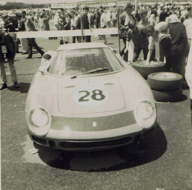 Name:  Pukekohe Jan 1968 #3, Ferrari 275LM Andy Buchanan v2, CCI15102015_0004 (2) (800x795).jpg Views: 1579 Size:  158.4 KB