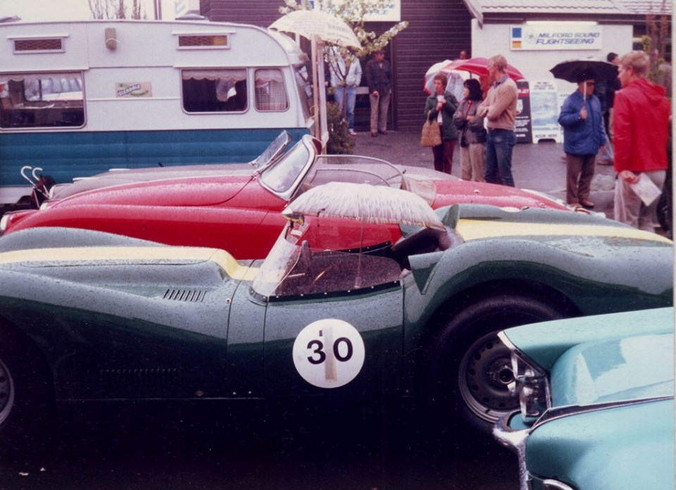 Name:  Motor Racing South Island #164 Queenstown Sprints 1986 Jags - nose of Pontiac Annie Swain archiv.jpg