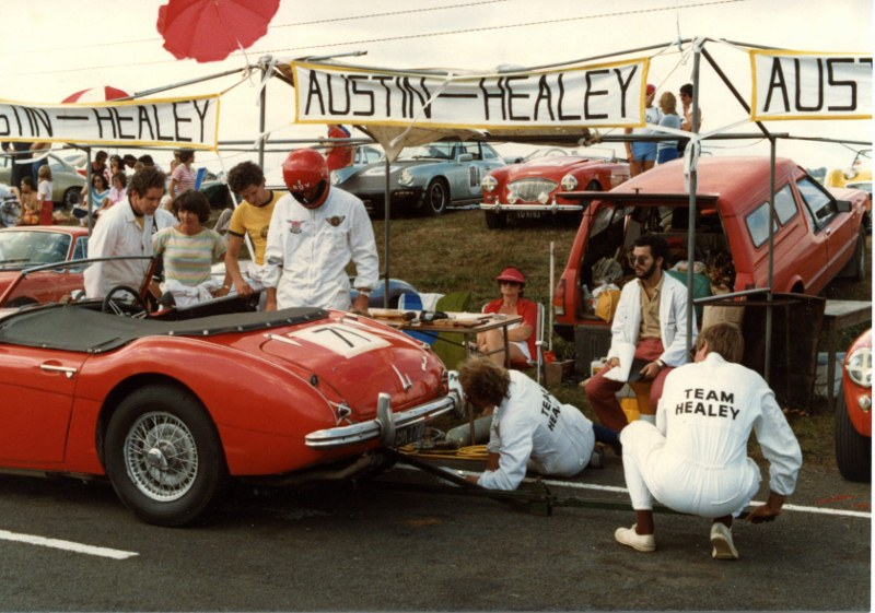 Name:  Healeys at Pukekohe 1983 Le Mans img706 (2) (800x561).jpg