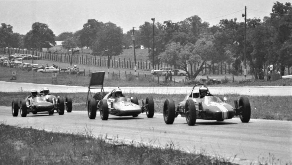 Name:  FVEES INTO TURN TWO GVR JUNE 1967.jpg Views: 129 Size:  146.0 KB