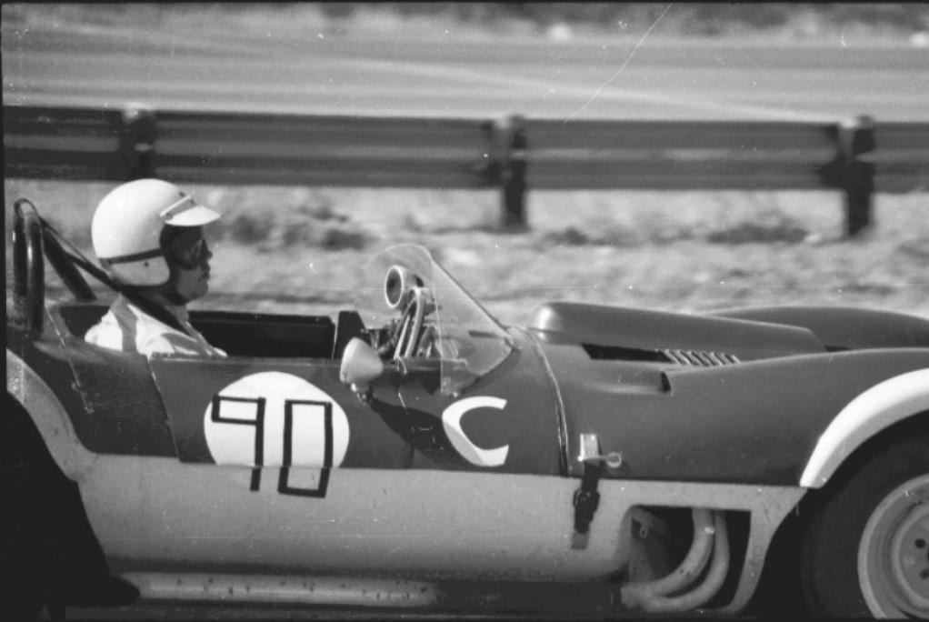 Name:  JAGUAR XKSS ROBERT REEDY p4 GVR FEB 1967 (1).jpg Views: 119 Size:  103.3 KB
