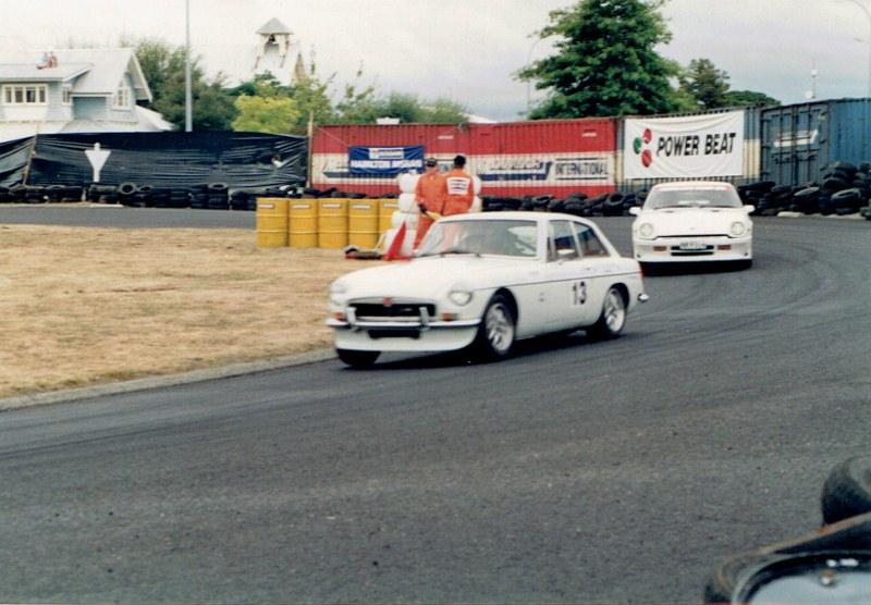 Name:  Telecom Classic 1994 MGB and Datsun CCI11092015 (800x556).jpg Views: 1210 Size:  128.1 KB