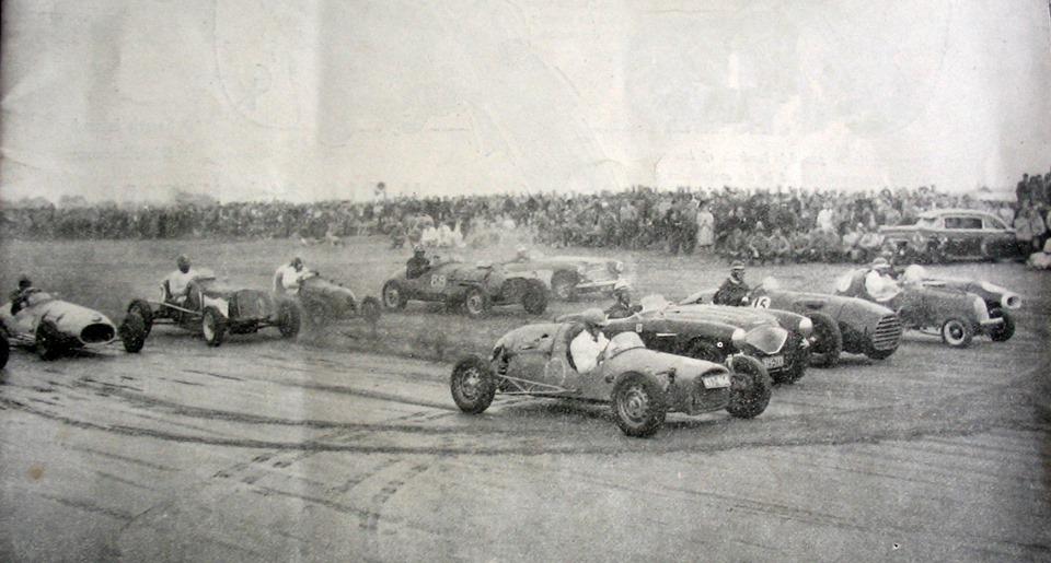 Name:  Cars Haig #4 NZ Championship Beach Race 1956, Karaki, Pines Beach. Driver Vic Blackburn. John Mc.jpg Views: 365 Size:  135.5 KB
