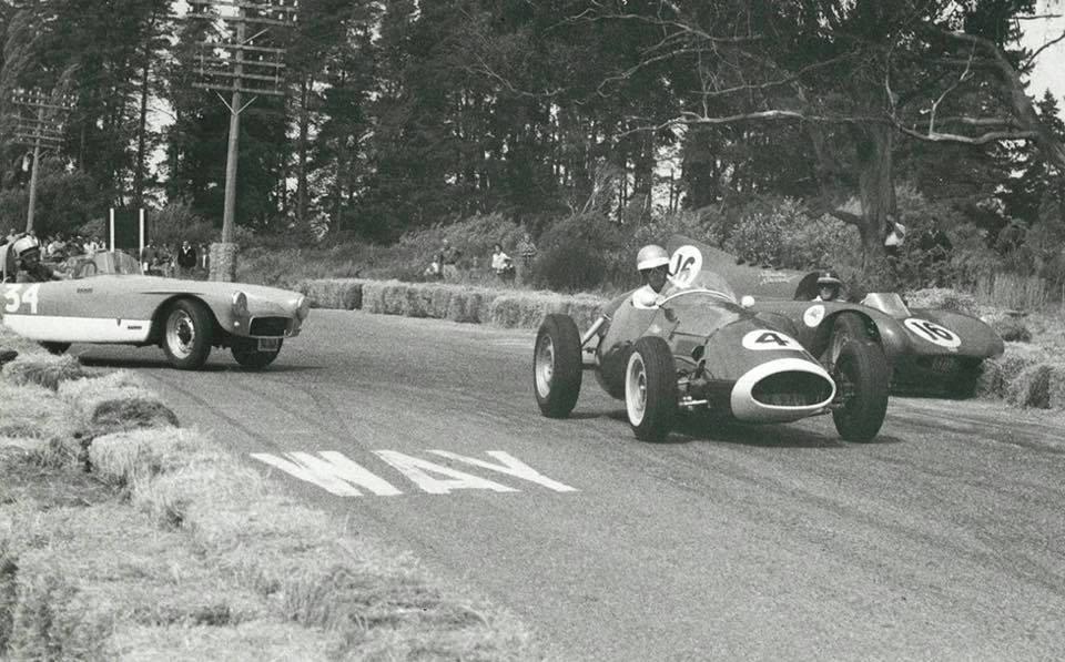Name:  Motor Racing Renwick #30 1963 Sports Cars and Specials scratch race 260M Stanton Buckler Marlbor.jpg Views: 775 Size:  101.2 KB