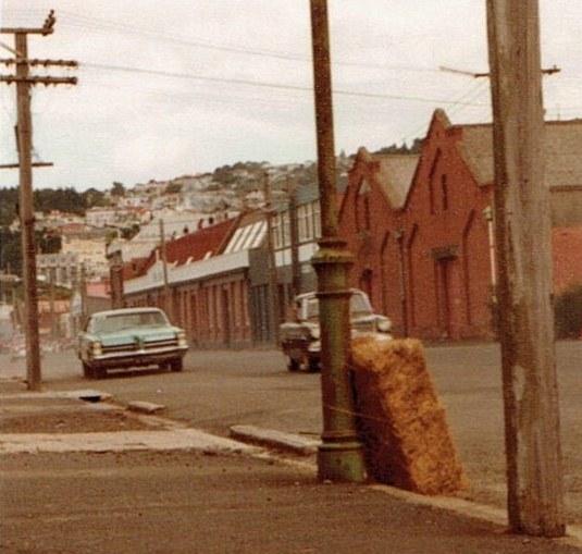 Name:  Dunedin Festival 1984 #22 V3 closeup  Pontiac v2, CCI27102015_0001 (2) (800x764).jpg Views: 435 Size:  92.2 KB