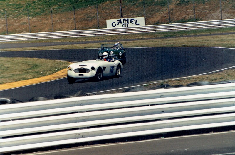 Name:  PIR 1988 #58 Richard Mayor Healey 3000 chased by the green Healey 3000 vCCI05012016_0002 (800x53.jpg Views: 93 Size:  150.9 KB