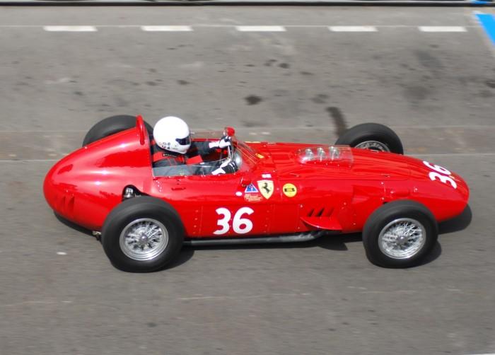 Name:  212_0512_227 Ferrari.JPG Views: 67 Size:  102.4 KB