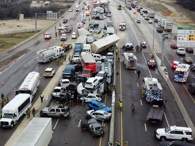 Name:  Texas highway crash.jpg Views: 56 Size:  181.5 KB