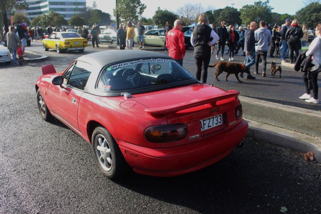Name:  C and C 2020 #196 MX5 Red h top rear 2020_06_27_1638 (640x427).jpg Views: 188 Size:  127.0 KB