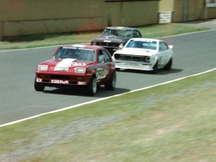 Name:  183_0206_01 Vauxhall.jpg Views: 129 Size:  75.4 KB