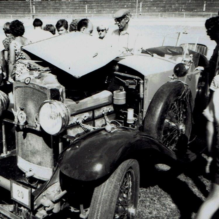 Name:  Vintage Rally 1968 Western Spings #7 Vauxhall 30;98 Hurlingham  CCI19012016 (750x750).jpg Views: 1711 Size:  161.9 KB