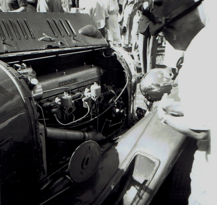 Name:  Vintage Rally 1968 Western Spings #14 Bentley engine & SU's CCI23012016_0001 (750x708).jpg Views: 1511 Size:  134.2 KB
