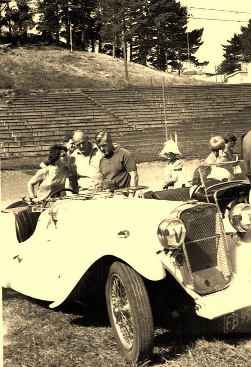 Name:  Vintage Rally 1968 Western Spings #27 1934 Singer Le Mans CCI23012016_0001 (514x750).jpg Views: 1454 Size:  162.0 KB