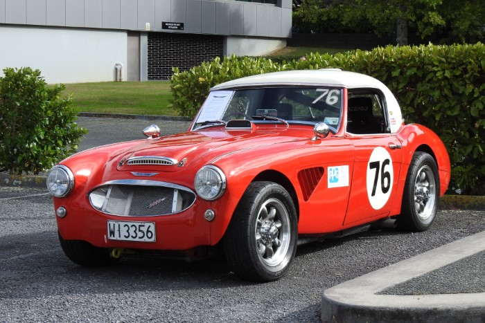 Name:  219_1229_03 Austin Healey.JPG