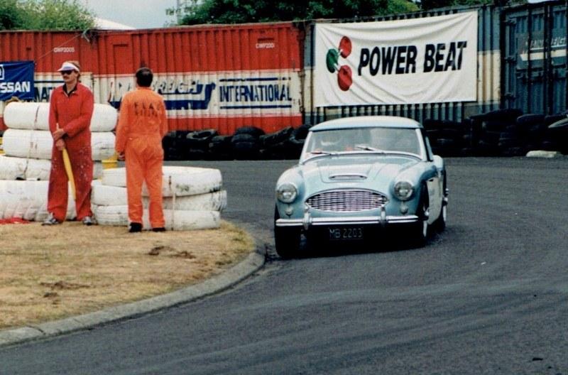 Name:  Telecom Motorfest 1994 #74 Chris White - Healey closeup , CCI09092015 (3) (800x528).jpg Views: 278 Size:  135.5 KB