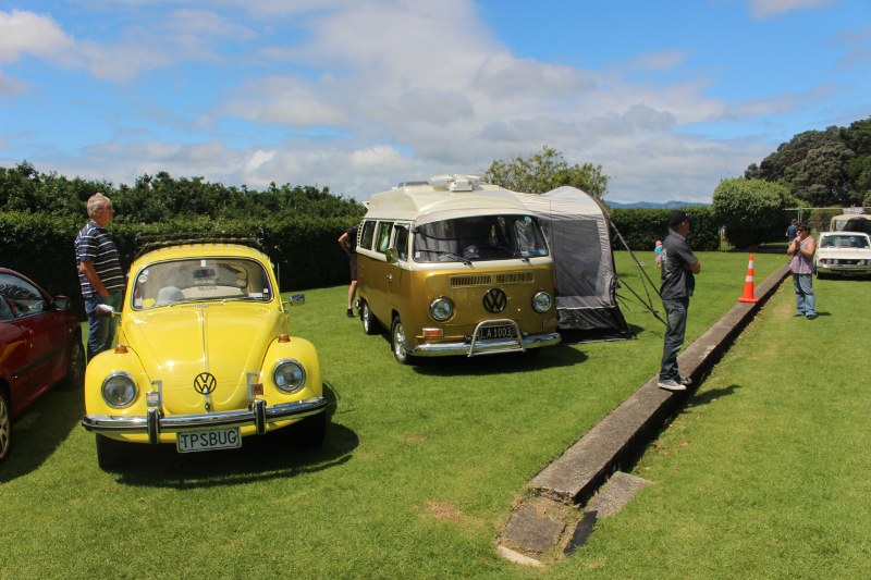Name:  C and C 2020 #489 Tga VCC VW pair beetle and kombi 2020_11_07_1989 (800x533).jpg