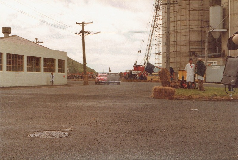 Name:  Dunedin Festival 1984 # 27 Jag and A40 CCI27102015_0005 (800x539).jpg Views: 2226 Size:  132.7 KB