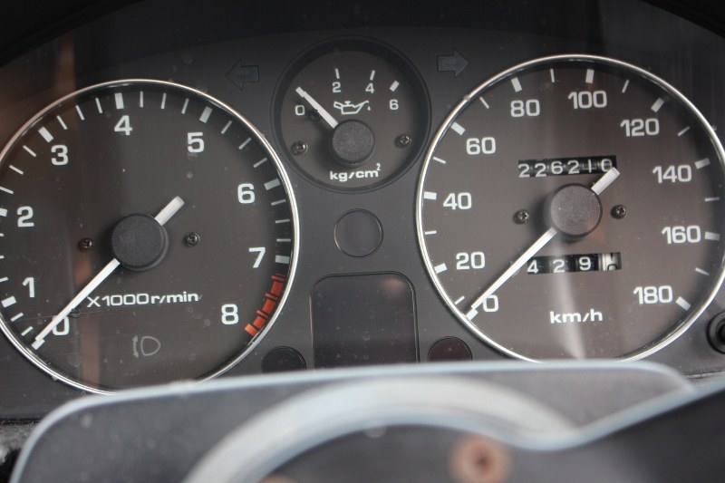 Name:  Mazda MX5 #2 226000 km speedo Jan 2017 IMG_0627 (800x533) (2).jpg