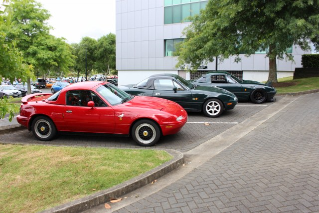 Name:  C & C #21 MX5 group side 1 Nov 2017 831 (640x427).jpg