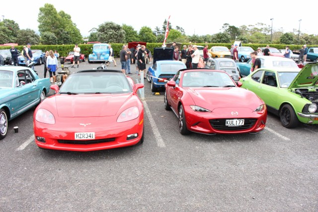 Name:  C & C #5 Corvette & MX5 Nov 2017 815 (640x427).jpg