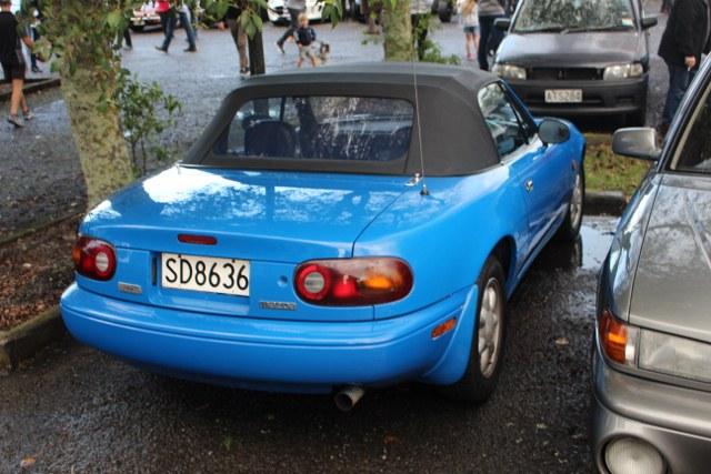Name:  C and C 2020 #177 MX5 blue rear 2020_06_27_1617 (640x427) (2).jpg Views: 62 Size:  108.1 KB
