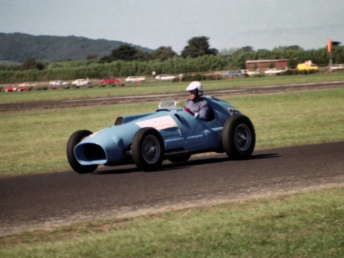 Name:  189_0129_536 Ferrari.jpg Views: 71 Size:  91.1 KB