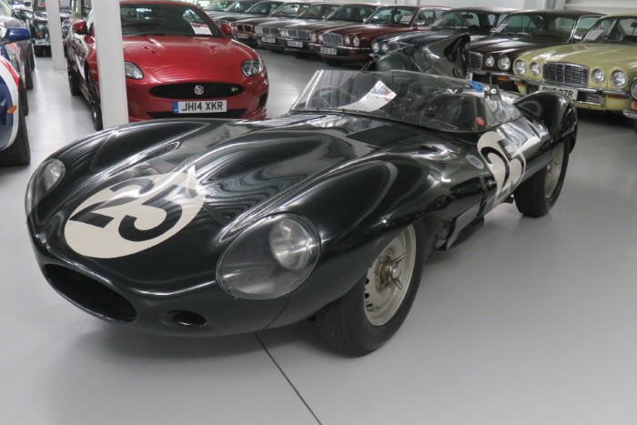 Name:  216_0915_007 Jaguar.JPG Views: 98 Size:  91.2 KB