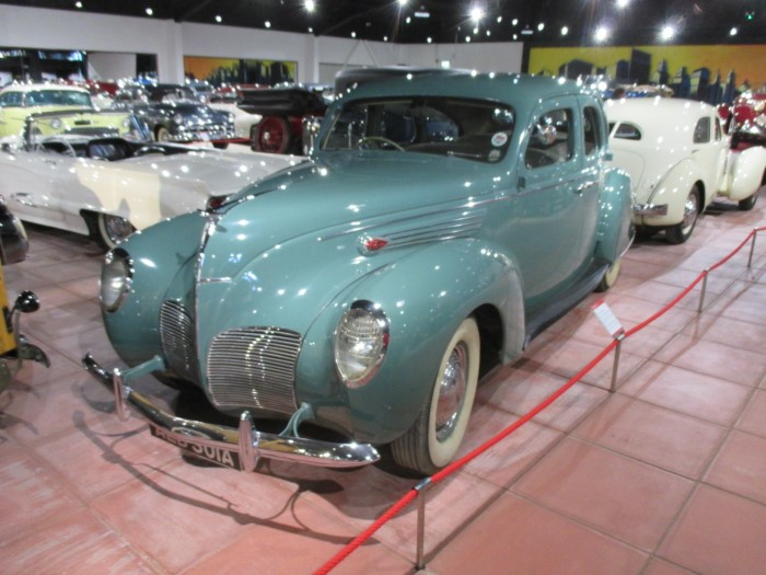 Name:  214_0604_095 Lincoln Zephyr.JPG